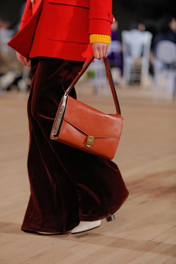damentaschen - wunderbares outfit in braun