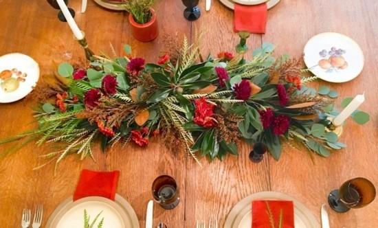 elegante tischdeko herbstgestecke mit eukalyptusblättern