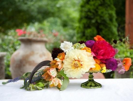 herbstblumen tischdeko herbstgestecke idee