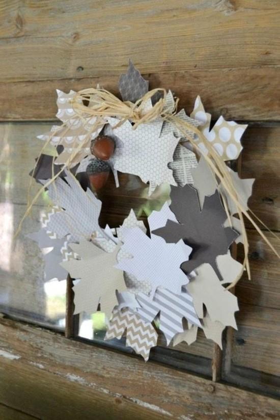 herbstdeko selber machen herbstkranz aus geschenkpapier
