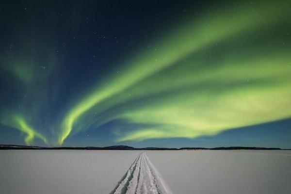 ivalo inari see schneemobil tour nordlichter sehen
