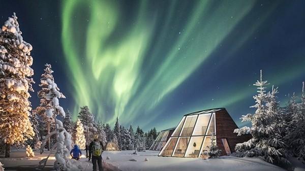 nordlichter sehen finnland glass igloo hotels