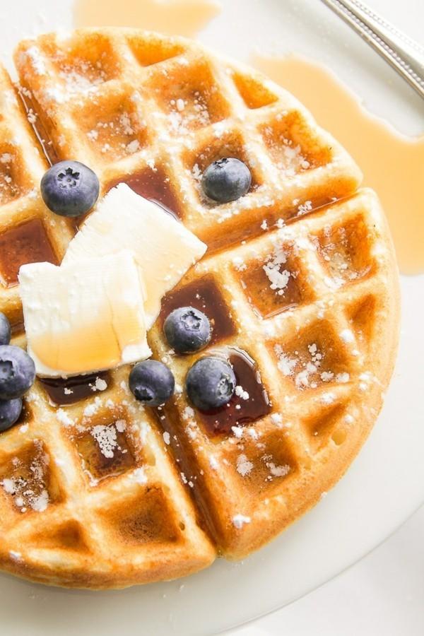 Ahornsirup Herstellung gesund Süßstoff Waffel Frühstück