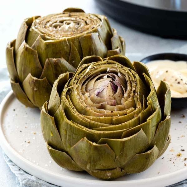 Artischocken zubereiten gekochte Artischocken essen gesundheitliche Vorteile