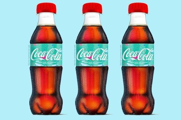 Coca-Cola produziert erste Flasche aus recyceltem Kunststoffabfall bio flaschen probe