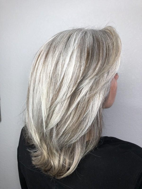 Haare grau färben - sehr schöner Schnitt