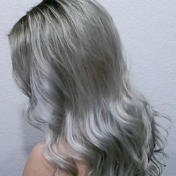 Haare grau färben - wunderbare leichte Welle