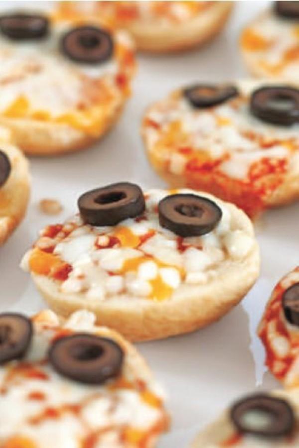 Halloween Essen Kinder Fingerfood kalt Pizza Brötchen