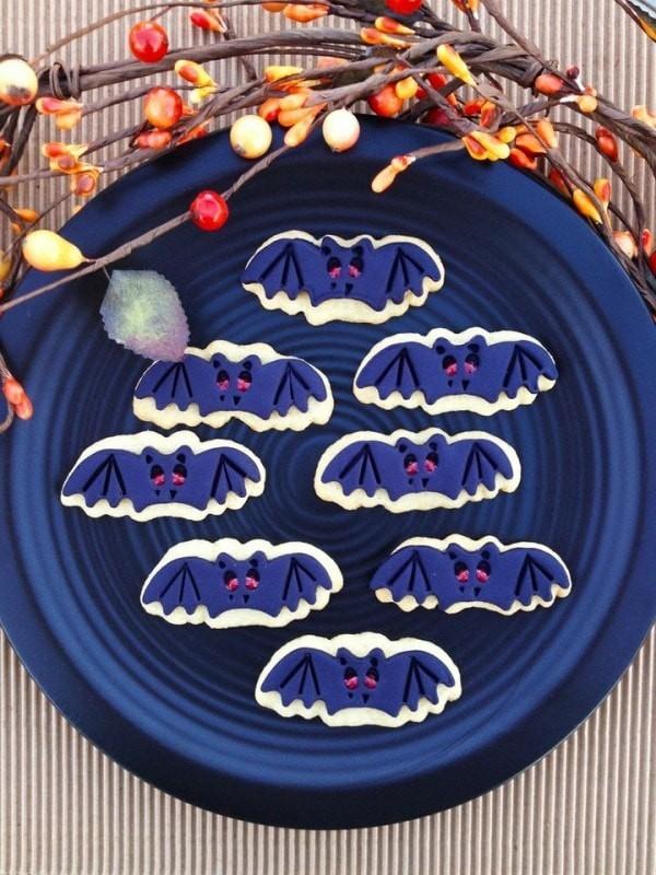 Halloween Essen Kinder Fliedemäuse Kekse Zuckerguss selber machen