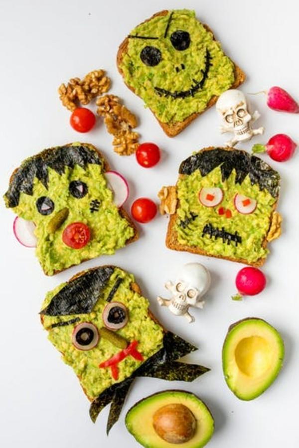 Halloween Essen Kinder Partysnacks schnelles Fingerfood Avocado Brötchen