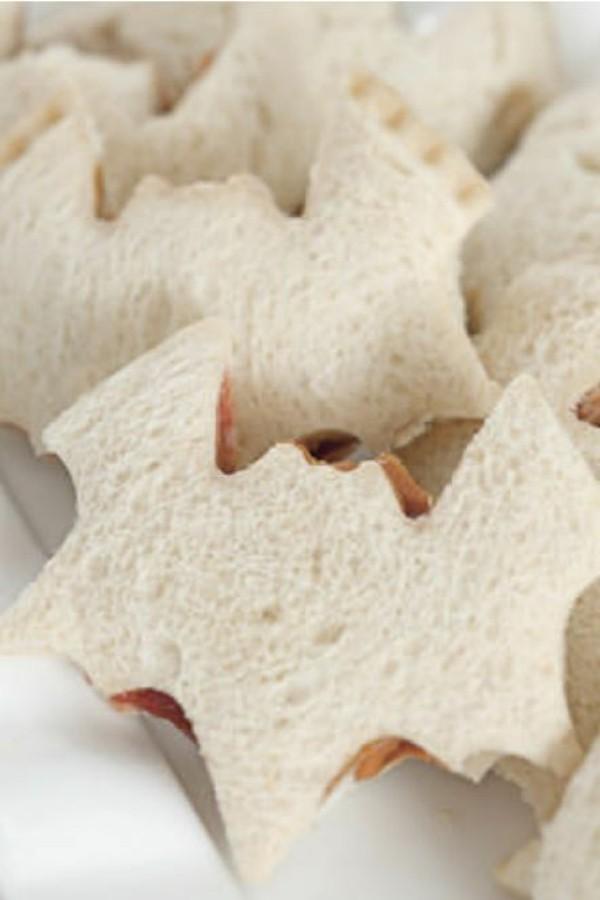 Halloween Essen Kinder Sandwiches Ausstechform Fingerfood kalt