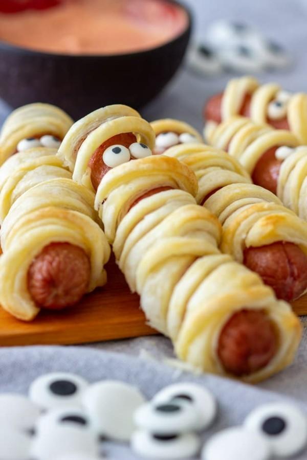 Halloween Essen Kinder Snacks für Halloween Fingerfood Hotdog