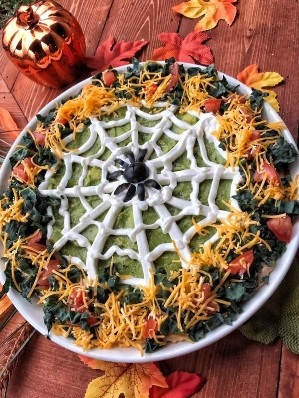 Halloween Essen Kinder Snacks für Halloween herzhaftes Fingerfood Spinnennetz