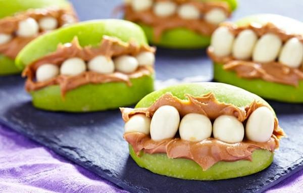 Halloween Essen Kinder gesunde Snacks Fingerfood kalt Apfel Mund