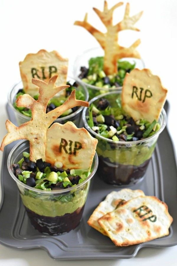 Halloween Essen Kinder gesunde Snacks Fingerfood kalt Avokado