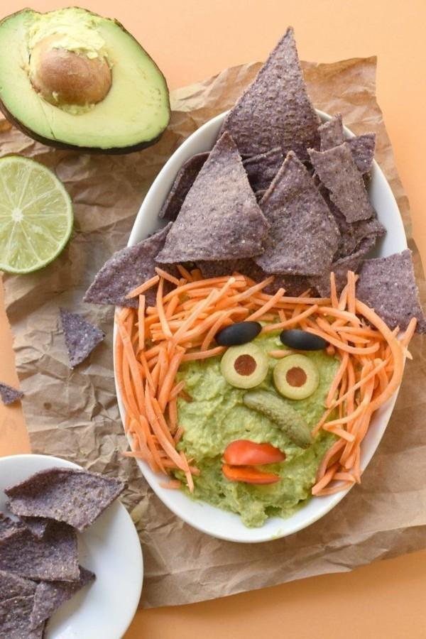 Halloween Essen Kinder schnelle Fingerfood Rezepte Avokado Chips Möhren