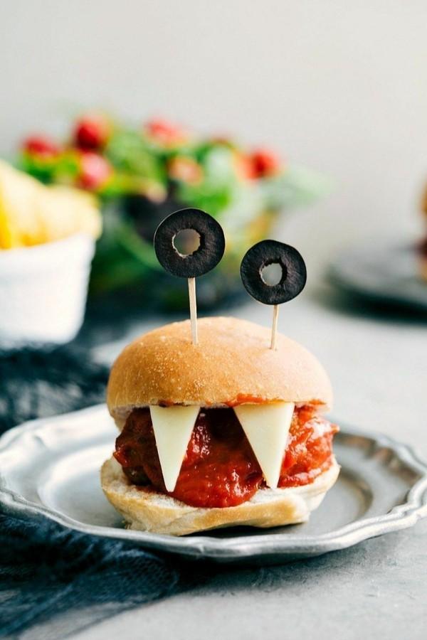 Halloween Essen Kinder schnelles Fingerfood kalt Hamburger Monster