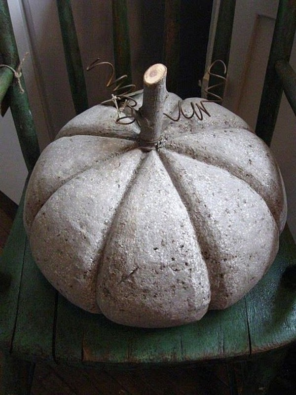 Halloween Kürbis - Kürbis auf dem Stuhl