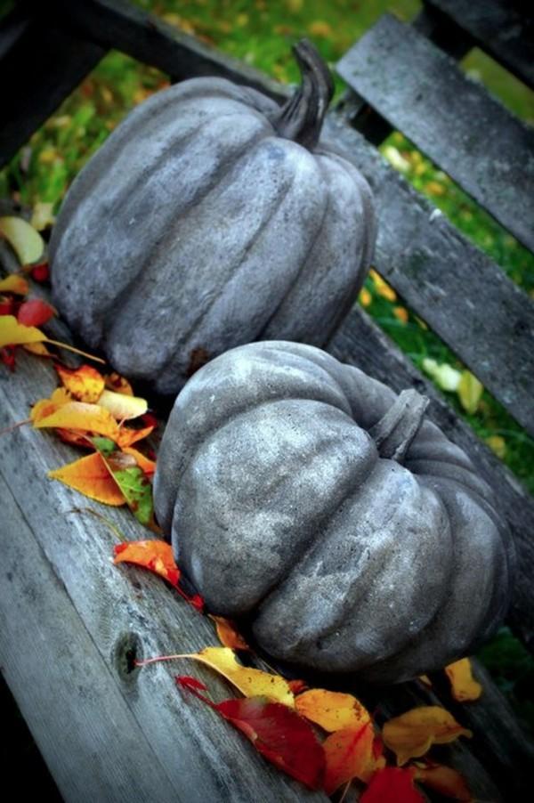 Halloween Kürbis mit silberner Farbe
