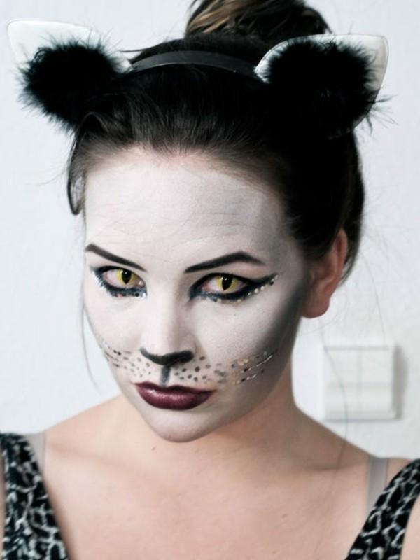 Halloween Kontaktlinsen Tageslinsen Augen gesund Halloween Schminke Katzenaugen
