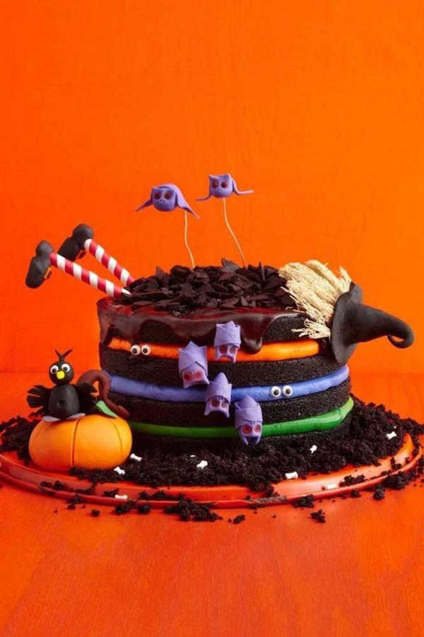 Halloween Kuchen - mehrere dünne Schichten
