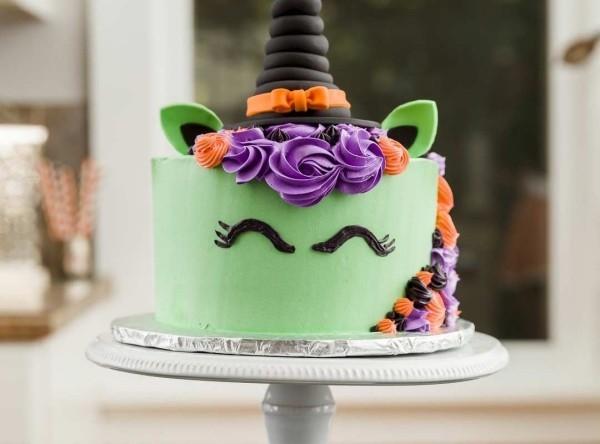 Halloween Kuchen mit einem tollen Gesicht
