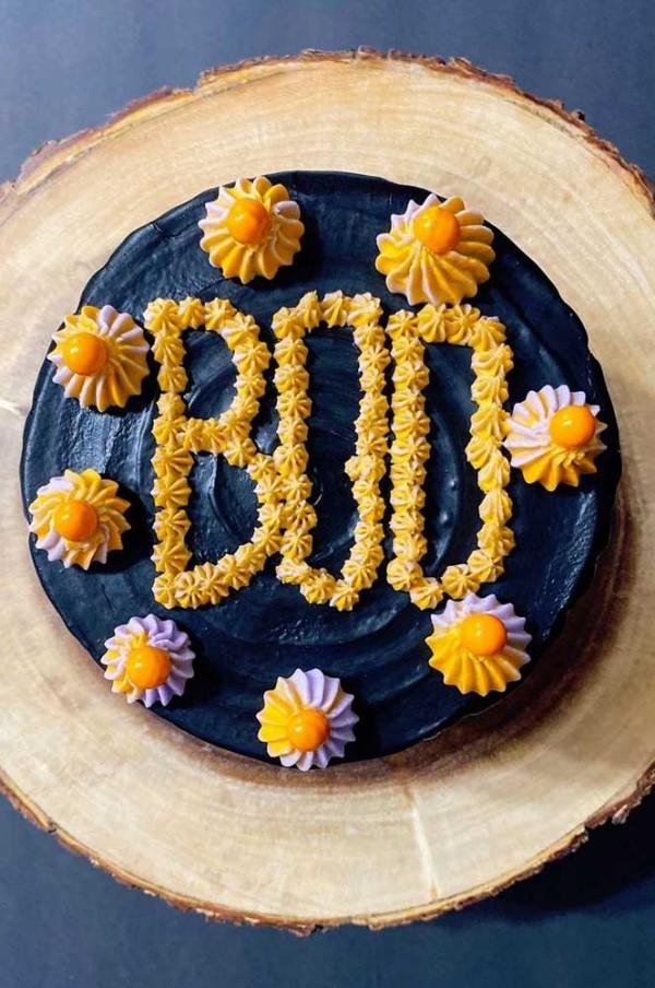 Halloween Kuchen - tolle Blumen