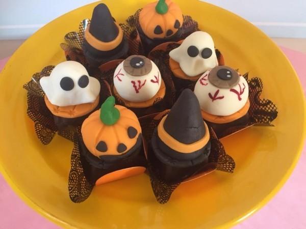 Halloween Kuchen - viele tolle kleine Plätzchen