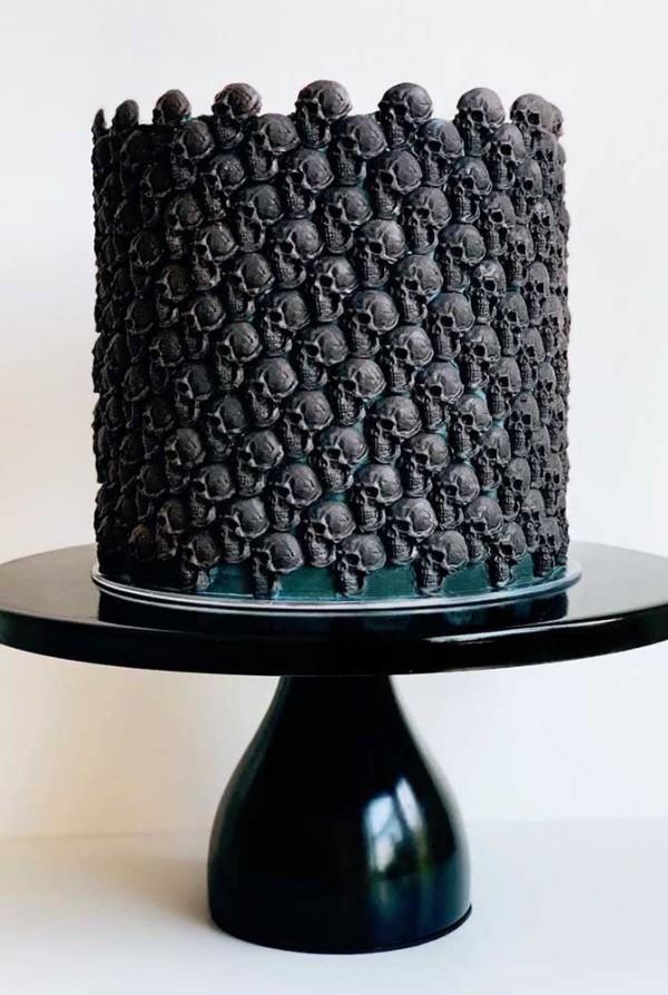 Halloween Kuchen - wundervoller Kuchen nur Schwarz