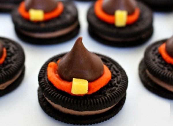 Halloween Snacks Kinder schnelle Fingerfood Rezepte Oreo Kekse Hexenhut