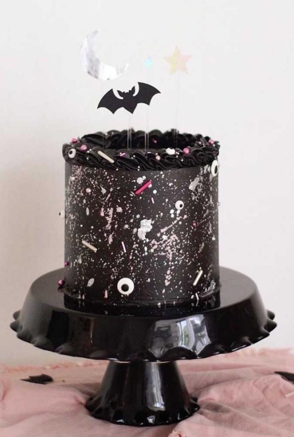 Inspiration scharze Halloween Torzen mit kleinen Details Halloween Kuchen