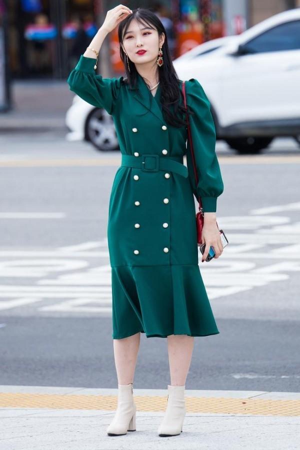 Μακριά πράσινα φορέματα - Street μόδας Seoul Fashion Week