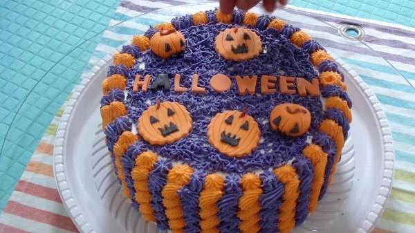 Lila und Orange - Halloween Kuchen Ideen
