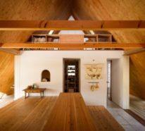 Minimalistisches Haus in Japan sieht wie ein Zelt aus Holz aus