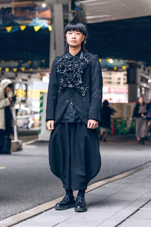 Modetrends Street Fashion - großartige schwarze Kleider
