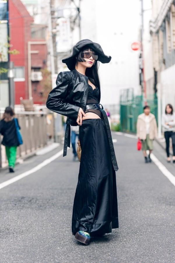 Modetrends Street Fashion - laufen auf der Straße
