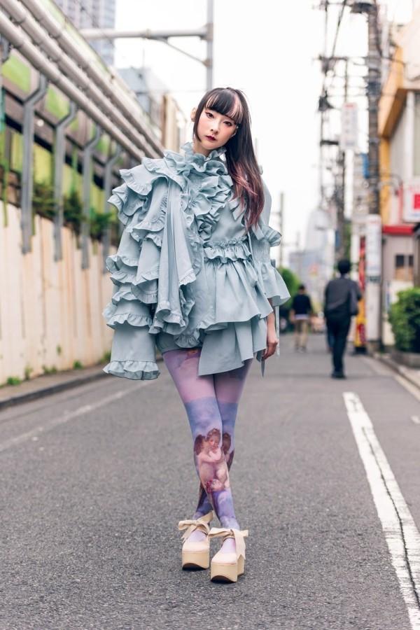 Modetrends Street Fashion - romantik Trend Damen Tokyo Fashion Week
