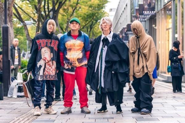 Modetrends Street Fashion - tolle Personen auf der Straße