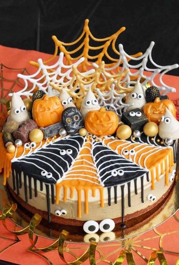 Orange und Schwarz - Netz - Halloween Kuchen
