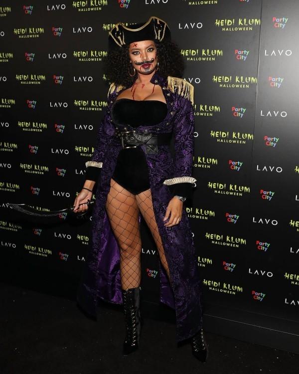 Saffi Karina Halloween Kostüm