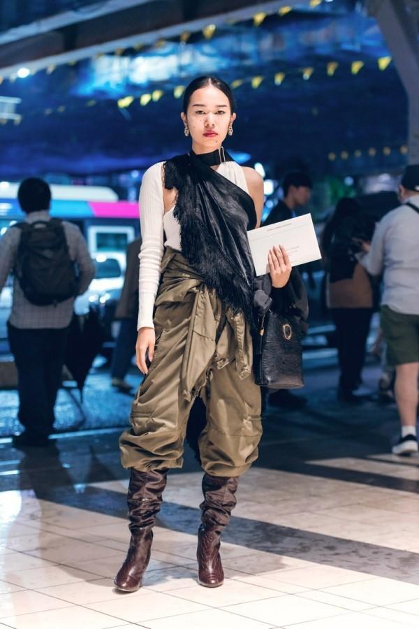 Sehr eleganter Outfit mit Hosen - Modetrends Street Fashion