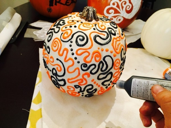 Fun and Easy DIY Halloween Decorations Miss Bizi Bee for how to make paper mache halloween decorations