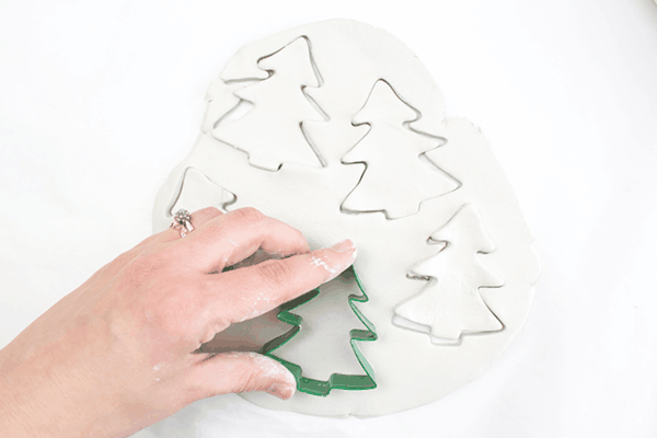 Weihnachtssterne basteln Fimo Ideen Ausstechformen Weihnachtsbaum Tanne