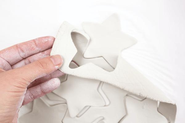 Weihnachtssterne basteln Fimo Ideen DIY Polymer Ton ausstechen