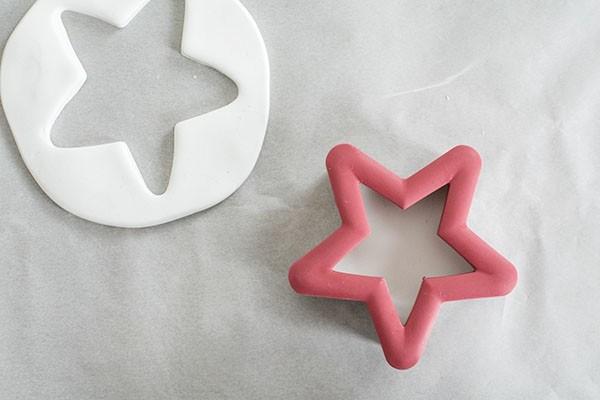 Weihnachtssterne basteln Fimo Ideen DIY Weihnachtsdeko Ausstechform Stern