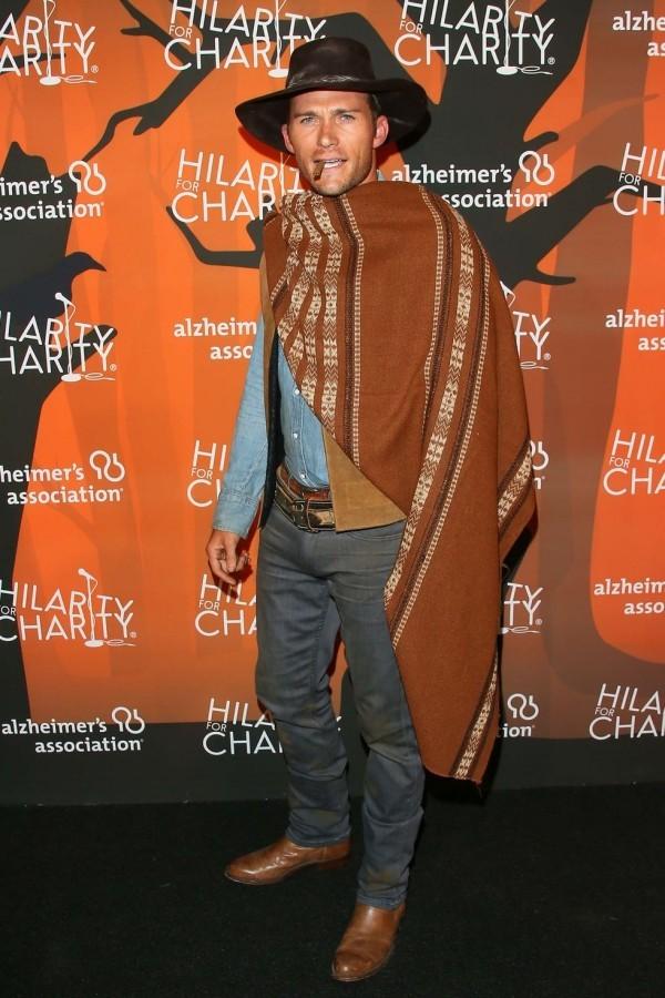 Wunderbares Halloween Kostüm - Scott Eastwood