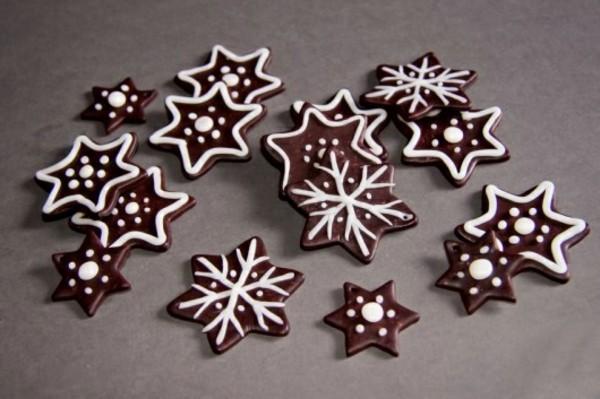 braune Weihnachtssterne basteln Fimo Ideen Lebkuchenstern Weihnachtsdeko