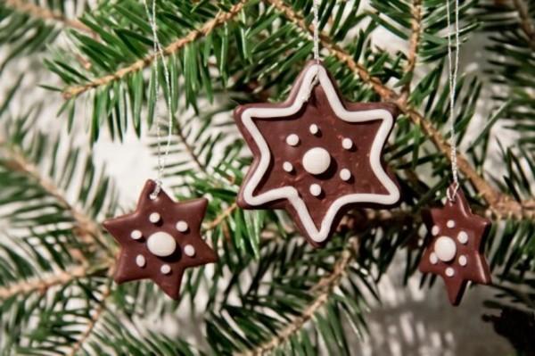 braune Weihnachtssterne basteln Fimo Ideen Lebkuchenstern Weihnachtsdekoration