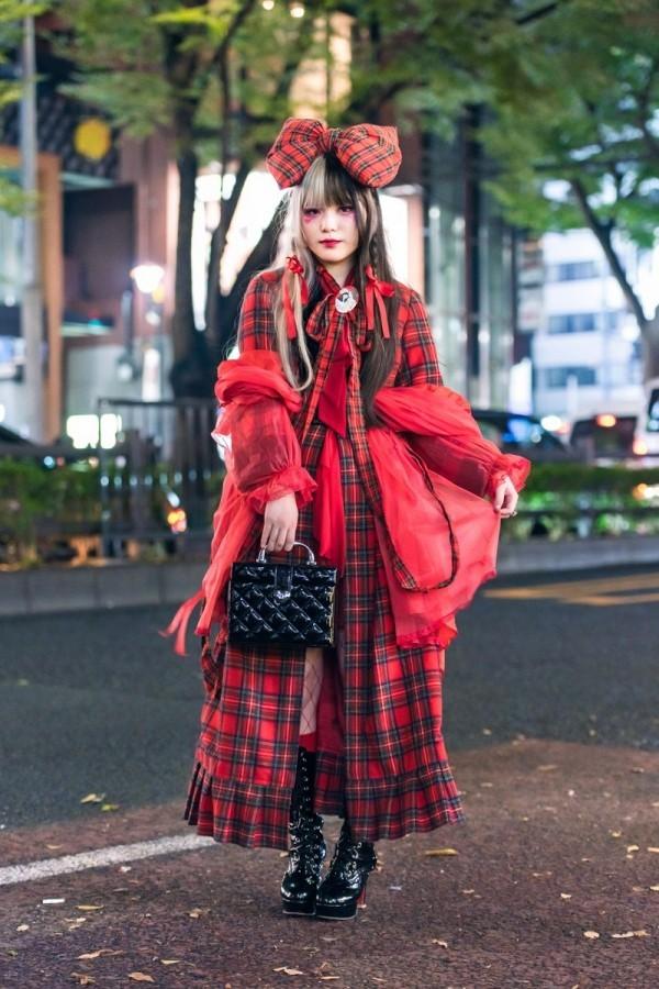ein tolles Kleid - Frauen - Modetrends Street Fashion