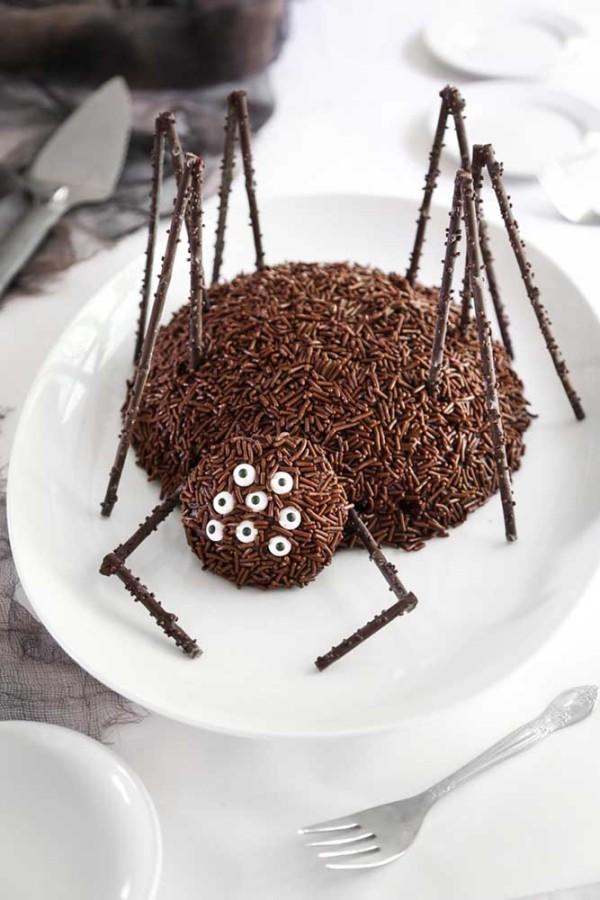 einfache Idee für Kinder - Halloween Kuchen